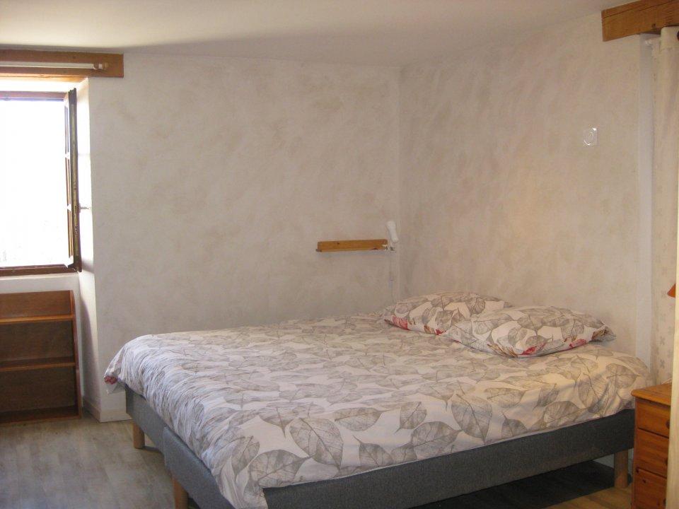 chambre le château le grand lit en 180