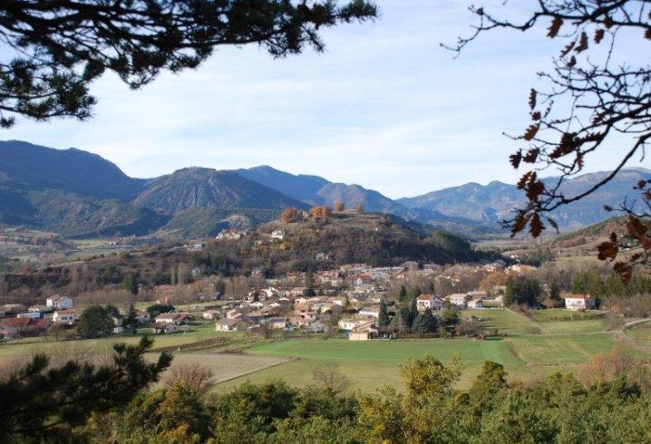 le village d'Aspremont